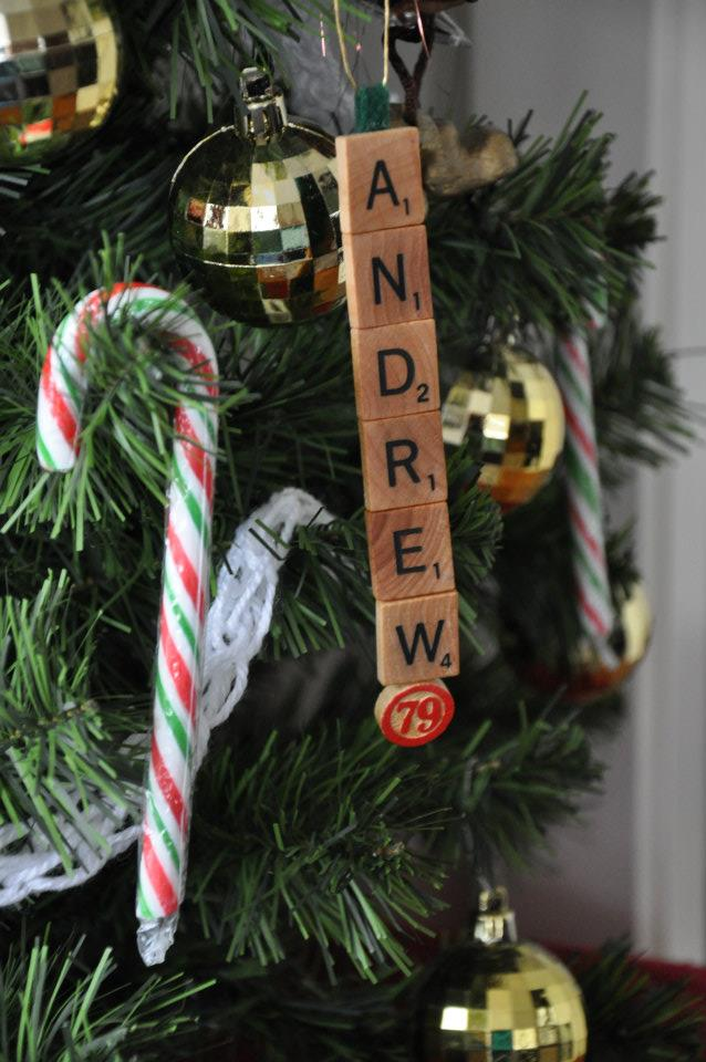 DIY Scrabble Christmas Ornament - visualheart creative studio