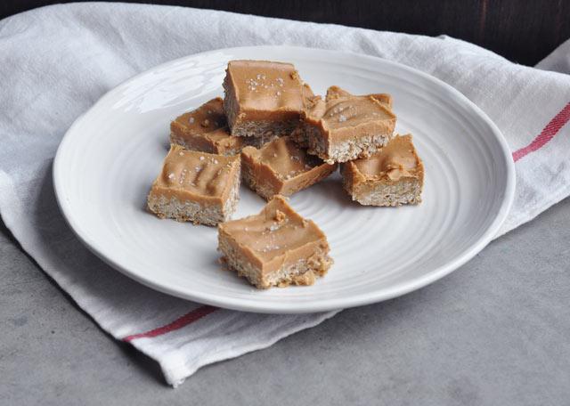 Maple Sea Salt Peanut Butter Oat Bar Recipe