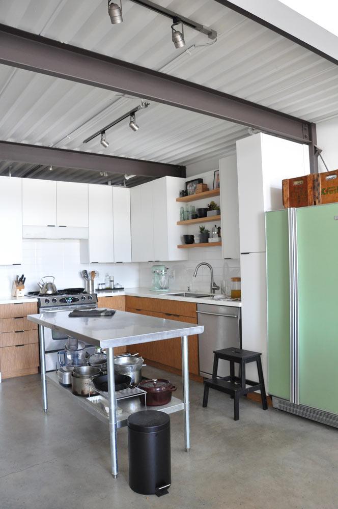 Easy Kitchen Makeover Using Matte Black Hardware Visualheart Creative Studio