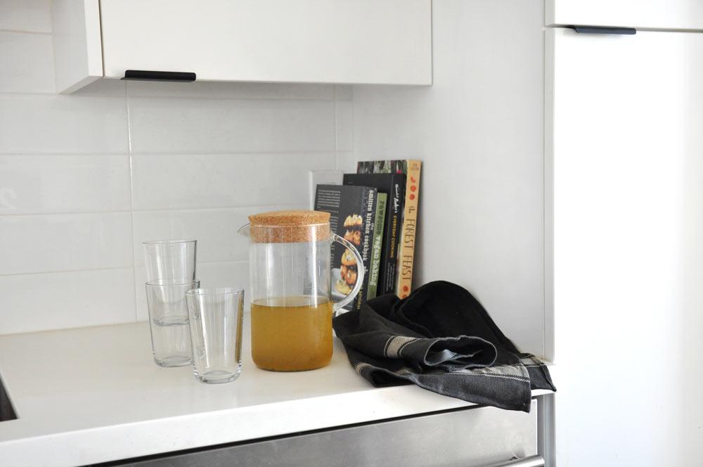 Matte black kitchen cabinet hardware